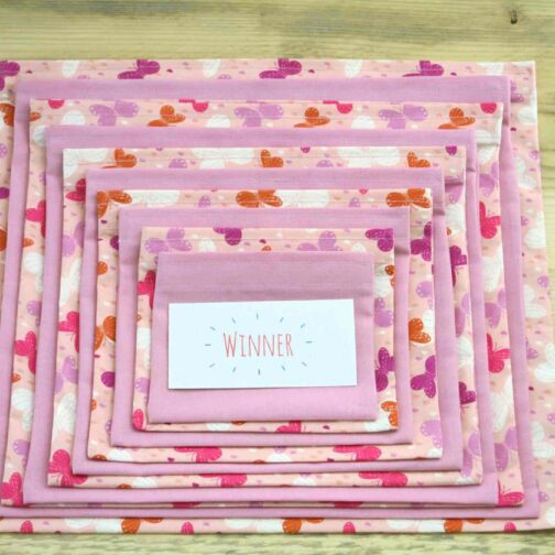 Pink Butterfly – Pass the Parcel Game