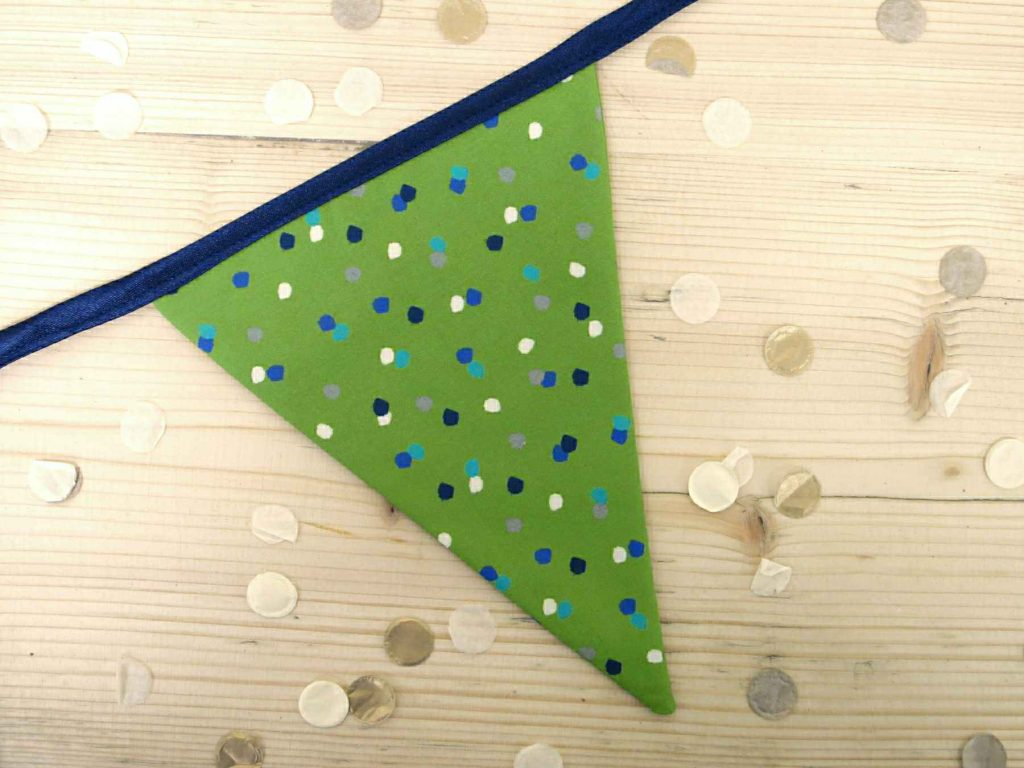 Single flag of Green Spotty Bunting